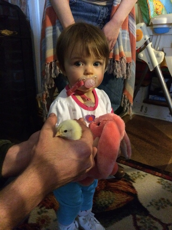 kaylee with easter chick